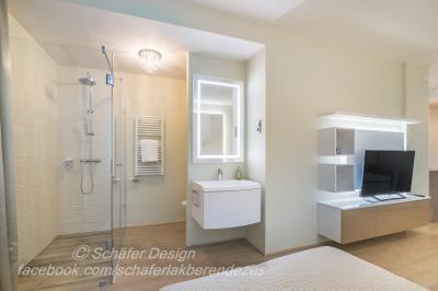 Romantikus stúdió apartman11 - fürdő / WC ötlet, modern stílusban