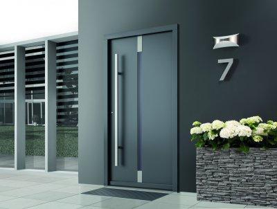 Modern bejárati ajtó - prémium nyílászáró - bejárat ötlet