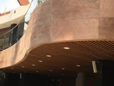 Slate Design LiteStone Copper New kőfurnér burkolat íves felületen - homlokzat ötlet, modern stílusban