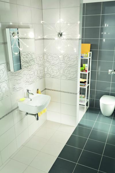 Szürke-fehér csempe a fürdőben - fürdő / WC ötlet, modern stílusban