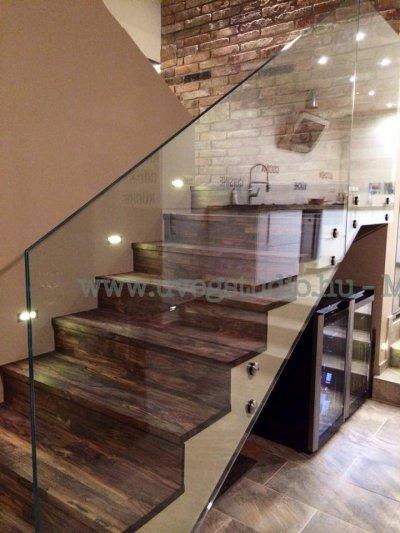 Elegáns üvegkorlát - Nagykovácsi - konyha / étkező ötlet, modern stílusban