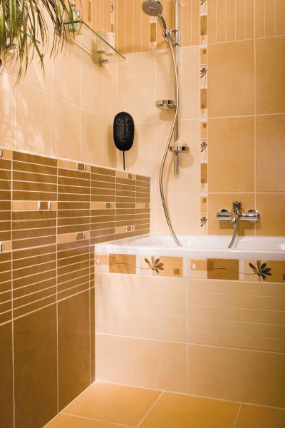 Natúr-bézs csempe a fürdőben - fürdő / WC ötlet, modern stílusban