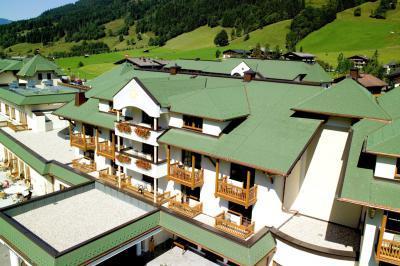 BMI Villas téglány zsindelyfedés - tető ötlet, modern stílusban
