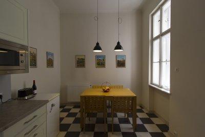 Belvárosi eklektika Sopron 2013 - konyha / étkező ötlet, modern stílusban