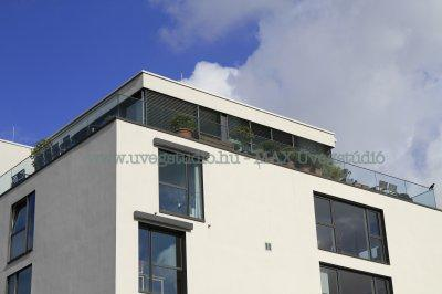 Penthaus terasz üvegkorlát - erkély / terasz ötlet, modern stílusban