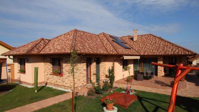 Mediterrán stílusú beton tetőcserepek - tető ötlet, mediterrán stílusban