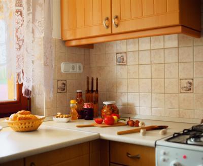 Dekoratív csempe a konyhában - konyha / étkező ötlet, rusztikus stílusban
