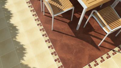 Terrakotta és bézs burkolat a teraszon - erkély / terasz ötlet