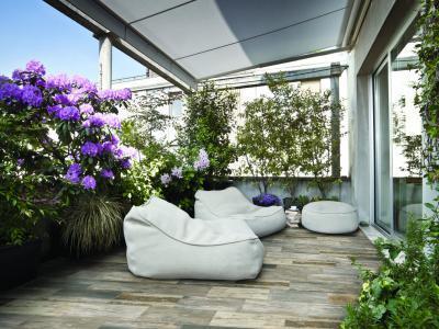 Fahatású hidegburkolat teraszon - erkély / terasz ötlet, modern stílusban