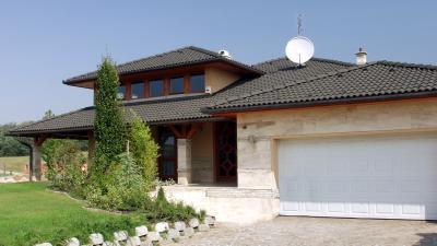 Beton tetőcserép a hagyományos tetőn - tető ötlet, rusztikus stílusban