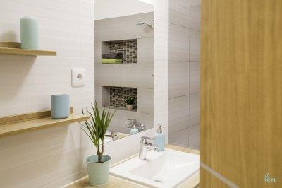 Betekintés a fürdőszobába - fürdő / WC ötlet, modern stílusban