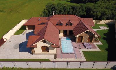 Klasszikus tető - tető ötlet, klasszikus stílusban