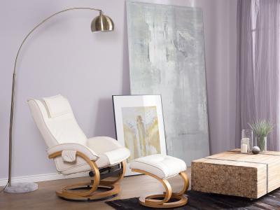 Masszázsfotel lábtartóval - nappali ötlet, modern stílusban
