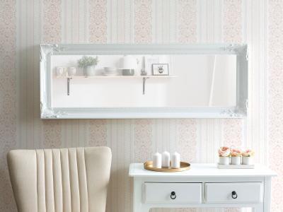 Elegáns falitükör - nappali ötlet, klasszikus stílusban