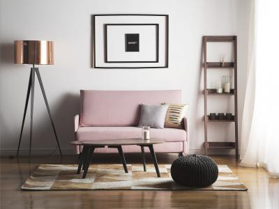 Elegáns állólámpa réz színű burával - nappali ötlet, modern stílusban