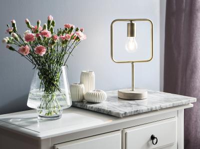 Formabontó asztali lámpa - nappali ötlet, modern stílusban