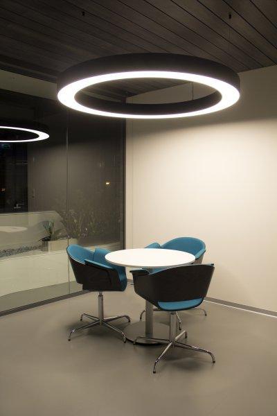 Függesztett megvilágítás - dolgozószoba ötlet