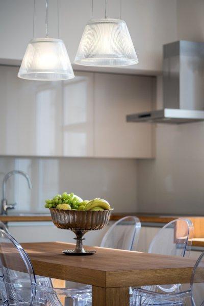 Függesztett lámpa - konyha / étkező ötlet, modern stílusban