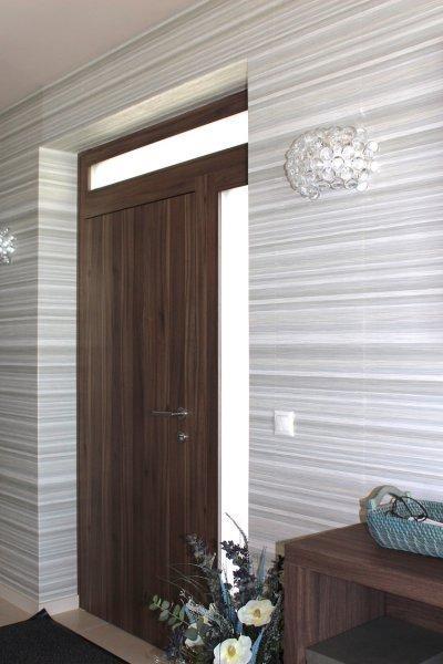 Bejárati ajtó - előszoba ötlet, modern stílusban