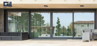 Fa-alu üvegfal - bejárat ötlet, modern stílusban