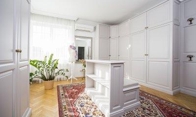 Rusztikus gardrób szoba - háló ötlet, klasszikus stílusban