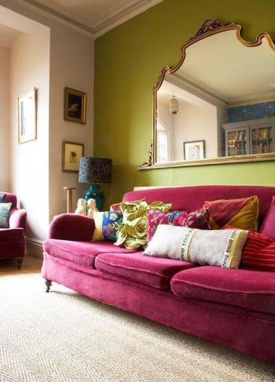 Zöld és pink - nappali ötlet, klasszikus stílusban