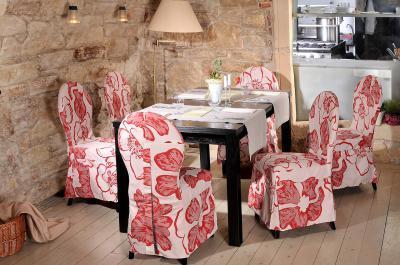 Florence székek virágos huzattal - konyha / étkező ötlet, klasszikus stílusban