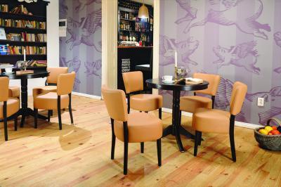 Nisa szék és asztal - konyha / étkező ötlet