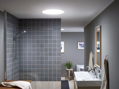 Ablaktalan fürdőszoba - fürdő / WC ötlet, modern stílusban