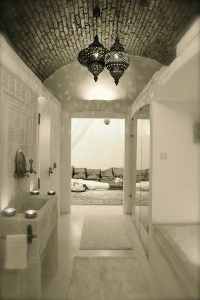 Varázslatos fehér kövek a fürdőszobában. - fürdő / WC ötlet