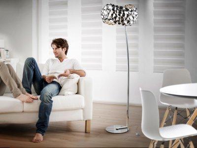 Narisa állólámpa - nappali ötlet, modern stílusban