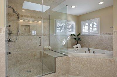Egyedi üveg zuhanykabin - fürdő / WC ötlet, modern stílusban