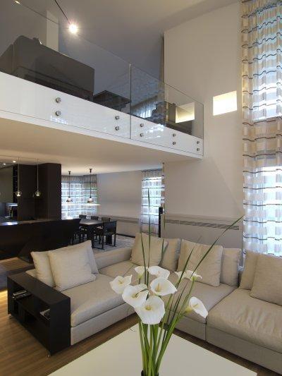 Üvegkorlát - nappali ötlet