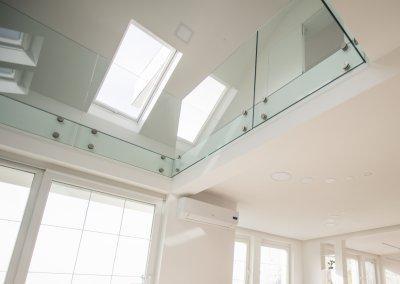 Üvegkorlát - tetőtér ötlet