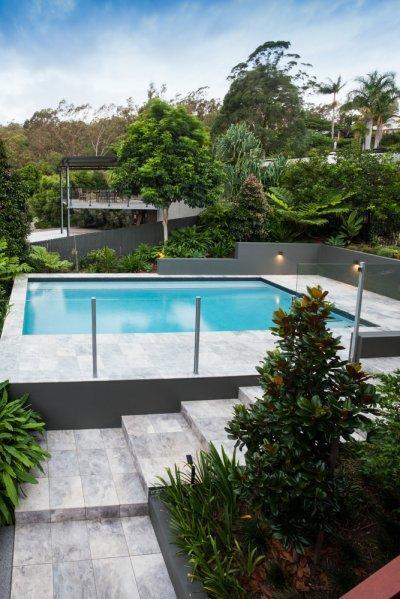 Üvegkorlát - erkély / terasz ötlet, modern stílusban