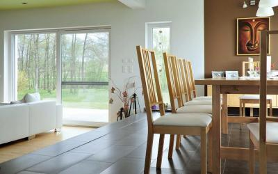 Bukó-toló teraszajtó - nappali ötlet, modern stílusban