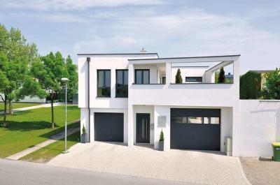 Modern bejárati ajtó és ablakok a homlokzaton - homlokzat ötlet, modern stílusban