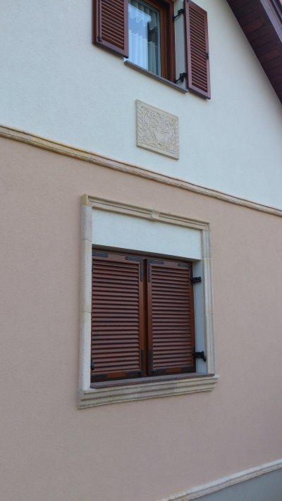 Ajtó, ablak kőkeret - homlokzat ötlet, rusztikus stílusban