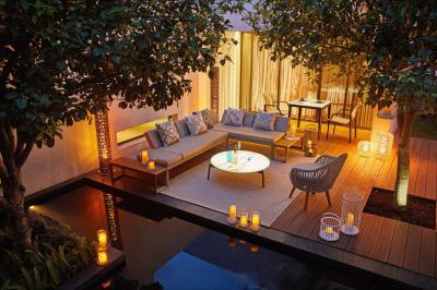 Rack kerti bútor kárpittal - erkély / terasz ötlet, modern stílusban