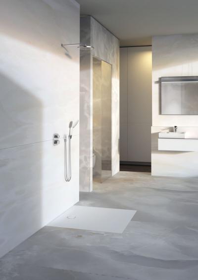 Zuhanyzó minimál stílusban - fürdő / WC ötlet