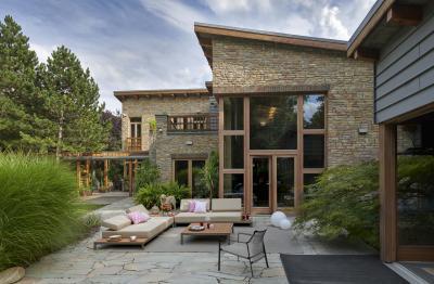 Kárpitos kerti bútorok - erkély / terasz ötlet, modern stílusban