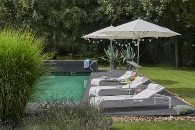 Luxus napágyak - erkély / terasz ötlet, modern stílusban