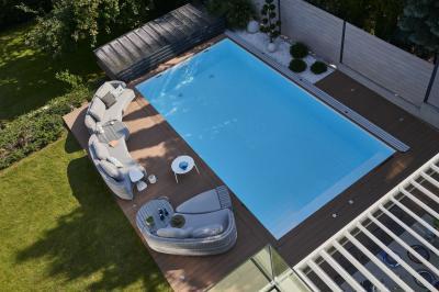 Fonott kerti kanapé - erkély / terasz ötlet, modern stílusban