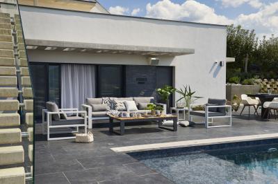 Modern kerti garnitúra: kanapé és fotelek - erkély / terasz ötlet, modern stílusban