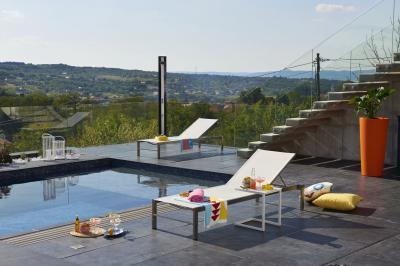 Napozóágy minimál stílusban - erkély / terasz ötlet