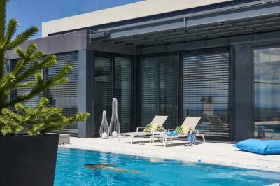 Modern napozóágy - erkély / terasz ötlet, modern stílusban