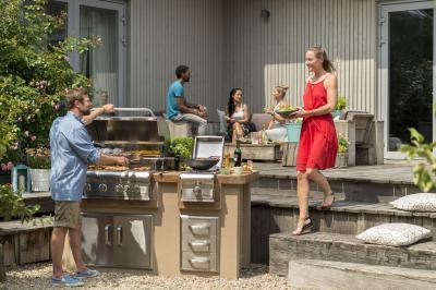 Épített kerti grill - erkély / terasz ötlet, modern stílusban