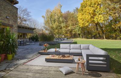Kültéri kanapé - erkély / terasz ötlet, modern stílusban
