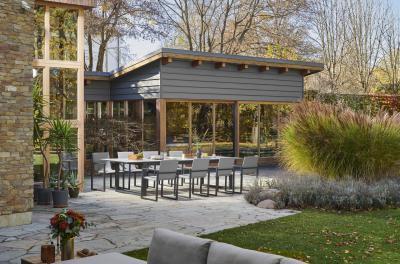 Étkező a kertben - erkély / terasz ötlet, modern stílusban