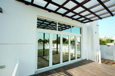 Stílusban illeszkedő, modern teraszajtó - erkély / terasz ötlet, modern stílusban